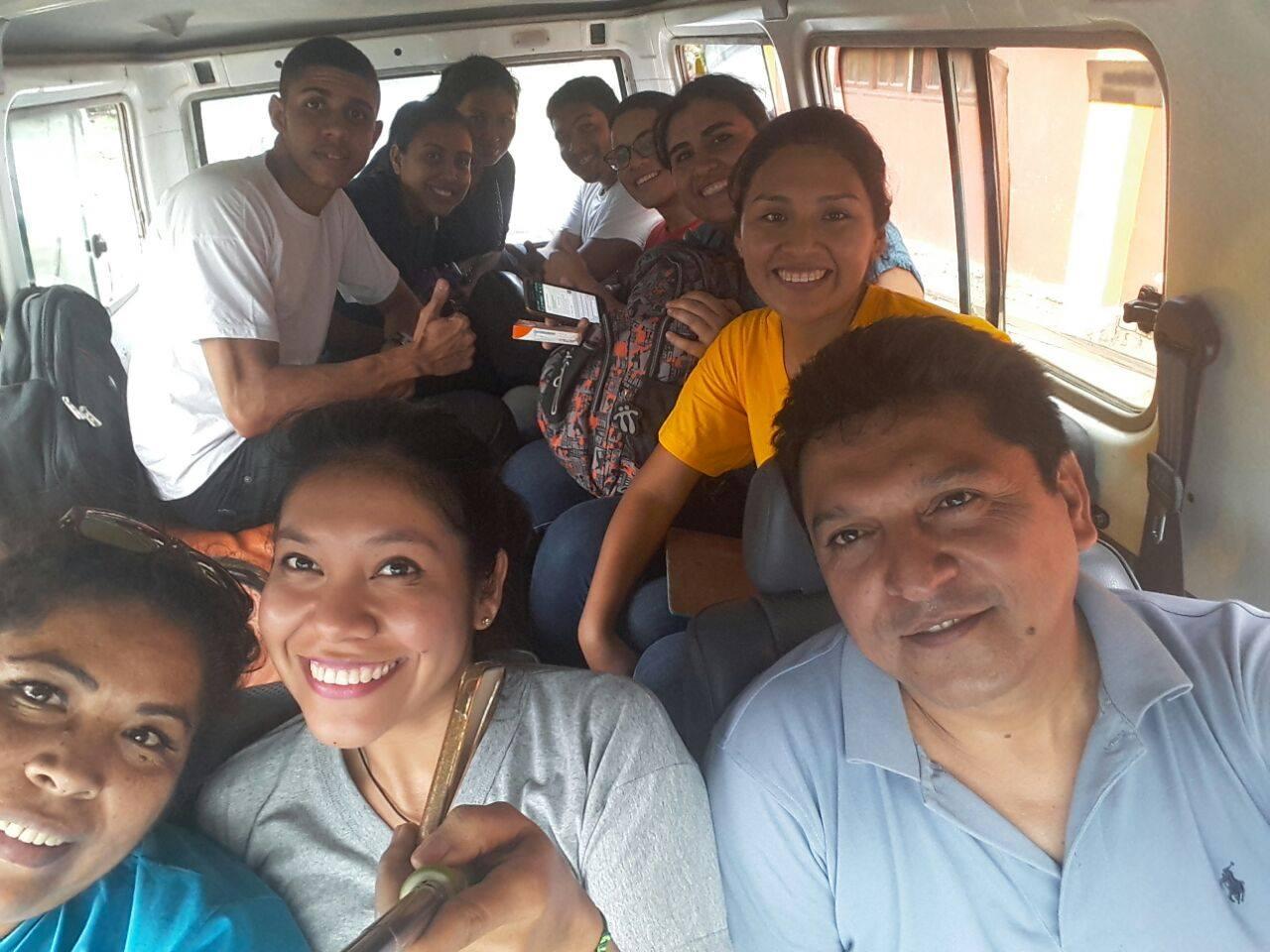 Ernstige Problemen Onder De Boliviaanse Stammen Die Leven In Het Amazonegebied Van BOLIVIA
